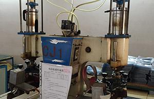 电压机——恩典皮具生产设备